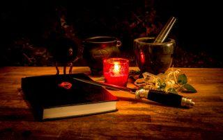30 anni di esperienza nella pratica magica e divinatoria